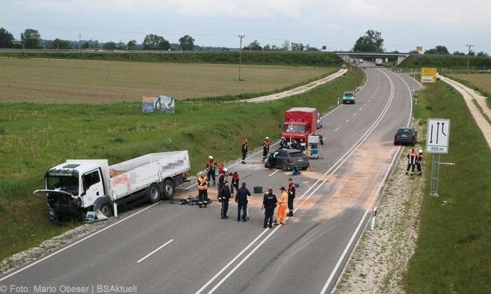 Unfall B16 Donaualtheim 29052019 1