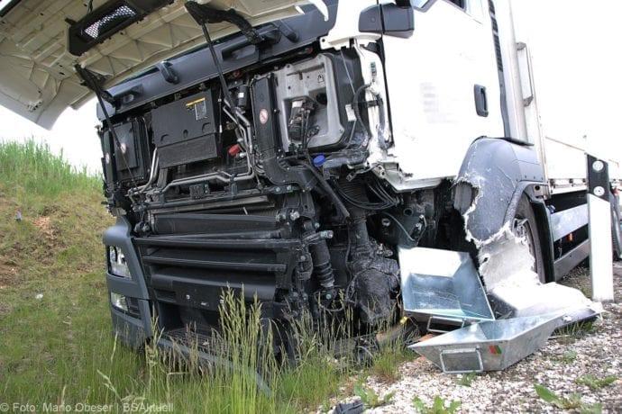 Unfall B16 Donaualtheim 29052019 3