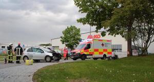 Unfall Scheppach Kreisverkehr Burger King 10052019 9