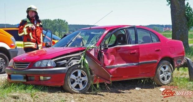 Krumbach Pkw Maisfeld Unfall 28062019 1