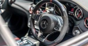 Mercedes AMG Lenkrad
