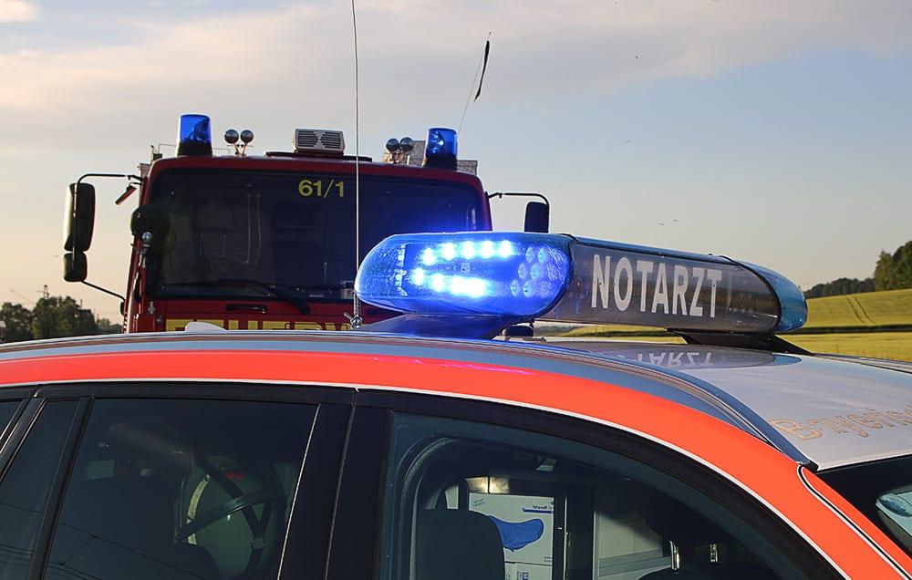 Rettungsdienst und Feuerwehr im Einsatz