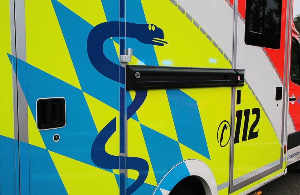 Rettungswagen seitlich neutral
