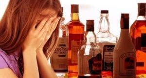 Schnaps Alkohol Frau Mädchen
