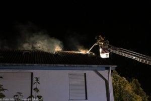 Günzburg Dachstuhlbrand nach Blizschlag Mozartring 07072019 8