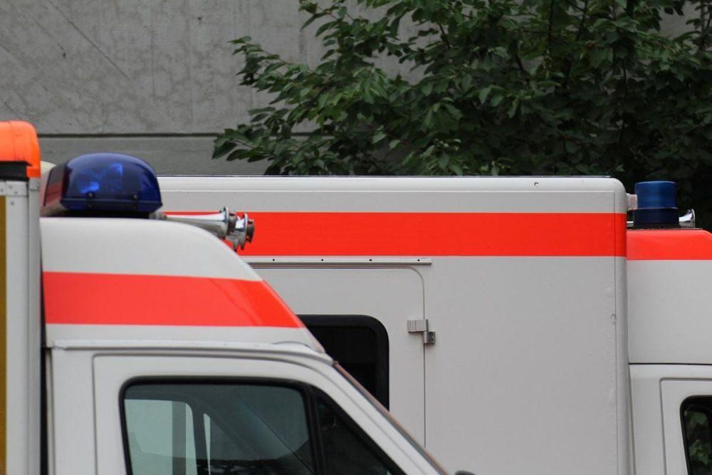 Rettungswagen und Notarzt Einsatz