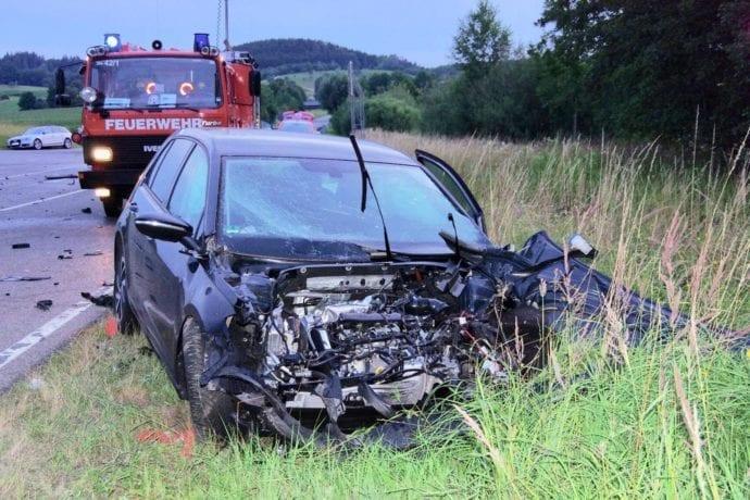 Unfall B300 Muttershofen 20072019 3