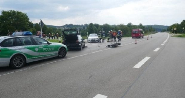 Unfall Harburg B25 Motorrad Pkw