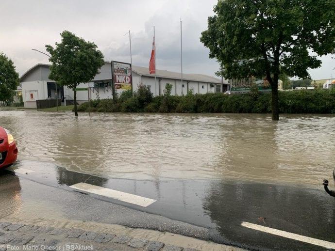 Unwetter B16 Ichenhausen überschwemmt 01072019 4