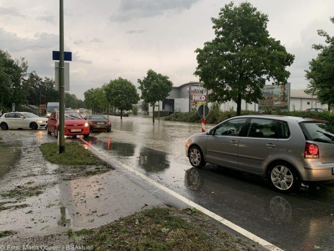 Unwetter B16 Ichenhausen überschwemmt 01072019 5