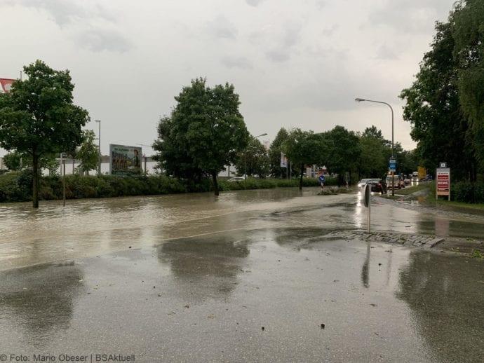 Unwetter B16 Ichenhausen überschwemmt 01072019 7