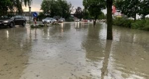 Unwetter B16 Ichenhausen überschwemmt 01072019 8