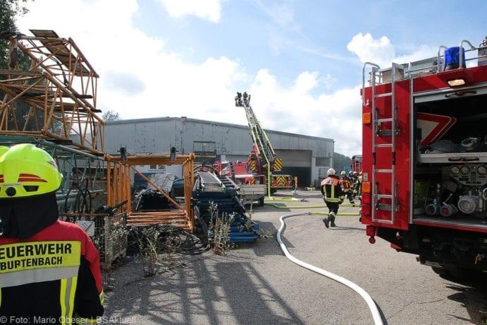 Brand in Halle Jettingen 08082019 11