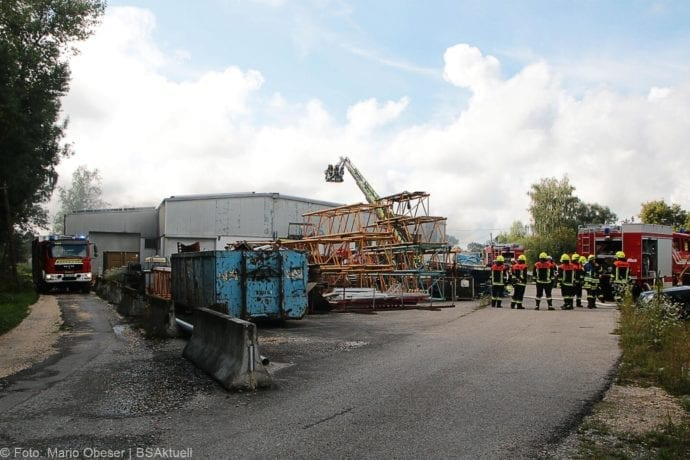 Brand in Halle Jettingen 08082019 12