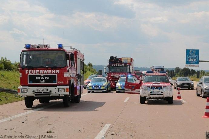 Kleinbus kippt Unfall A8 Burgau-Zusmarshausen05082019 5