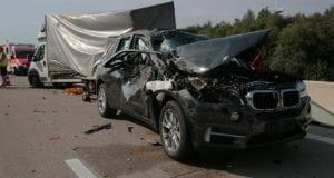 Unfall A8 Burgau-Zusmarshausen mehrere Fahrzeuge29082019 4