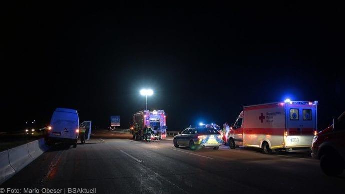 Unfall A8 Zusmarshausen-Burgau Sicherungsanhänger 28082019 8