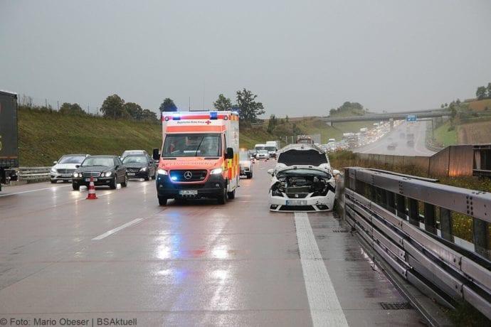 Unfall A8 Burgau Aquaplaning 27092019 2