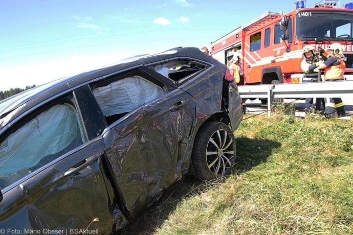 Unfall A8 Burgau-Zusmarshausen 12092019 12