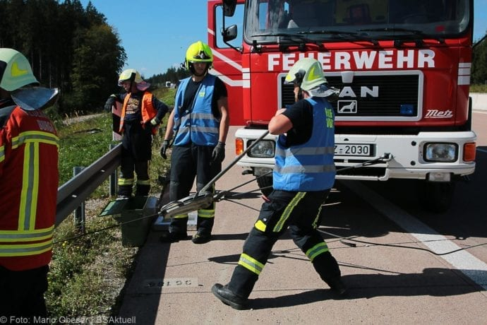 Unfall A8 Burgau-Zusmarshausen 12092019 15