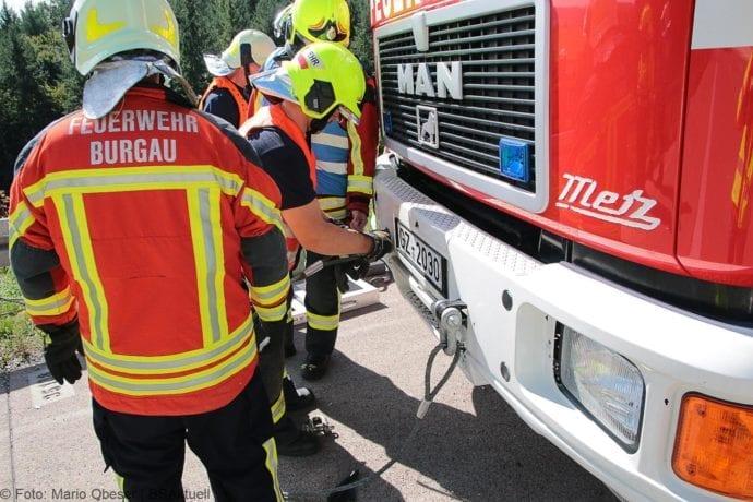Unfall A8 Burgau-Zusmarshausen 12092019 19