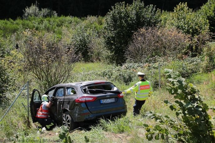 Unfall A8 Burgau-Zusmarshausen 12092019 3