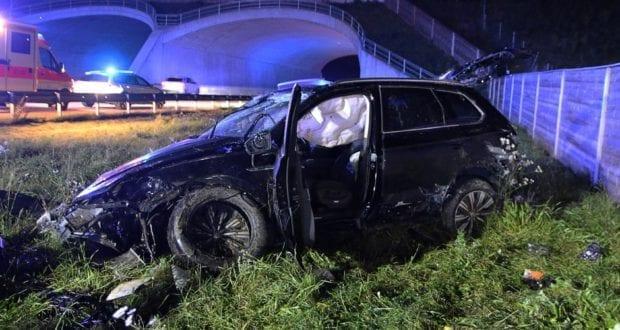 Unfall A8 Burgau-Zusmarshausen SUV überschlagen 07102019 10