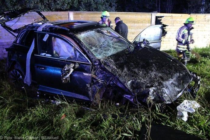 Unfall A8 Burgau-Zusmarshausen SUV überschlagen 07102019 15