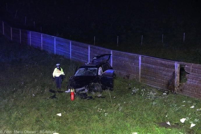 Unfall A8 Burgau-Zusmarshausen SUV überschlagen 07102019 18