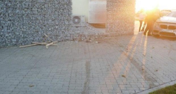 VU_Steinmauer