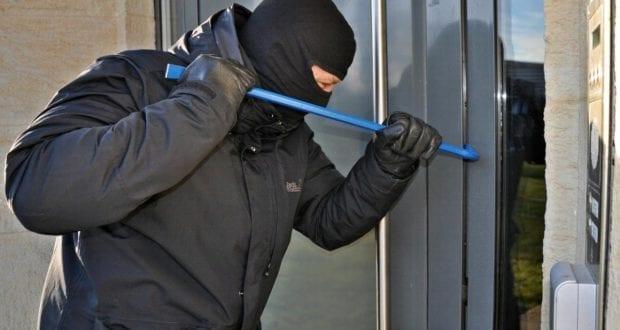 Einbruch Einbrecher Türe