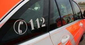Einsatzfahrzeug Rettungswagen Feuerwehrmann