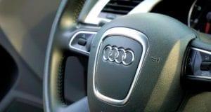 Lenkrad Audi Fahrzeug