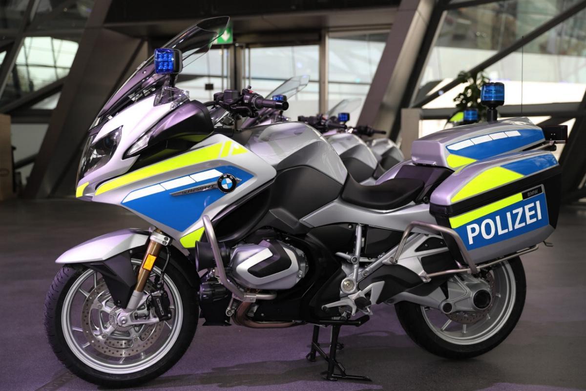 Neue Motorräder Bayerische Polizei BMW 1250 RT