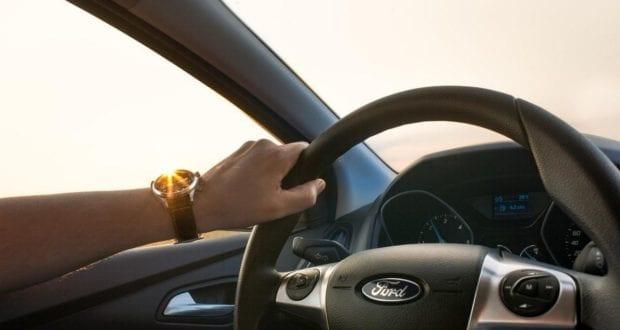 Lenkrad Autofahrer