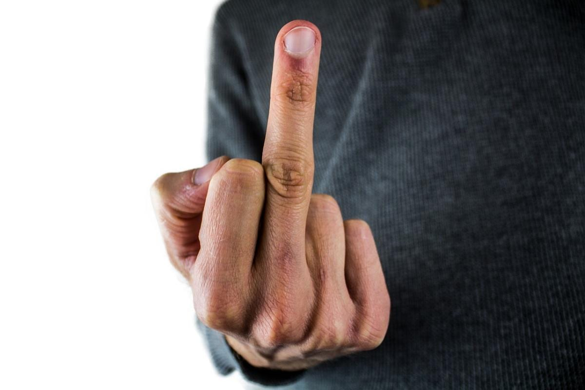 Mittelfinger
