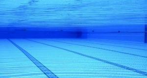 Schwimmbecken Pool Schwimmbad