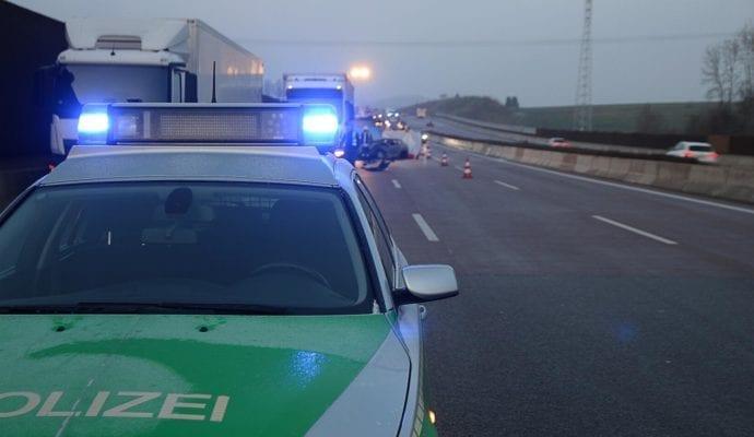 Schwerer Verkehrsunfall A8 bei Neusäß Augsburg am 06.12.2019