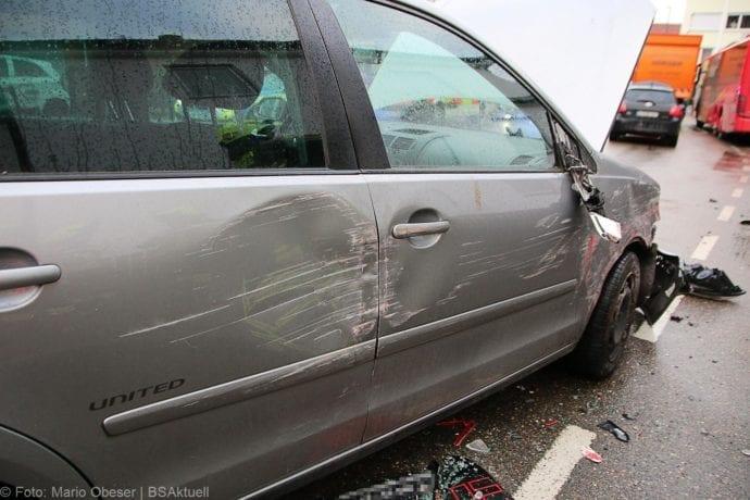 Unfall Guenzburg Sedanstrasse 12122019 10