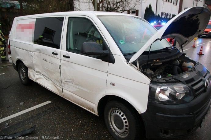 Unfall Guenzburg Sedanstrasse 12122019 18