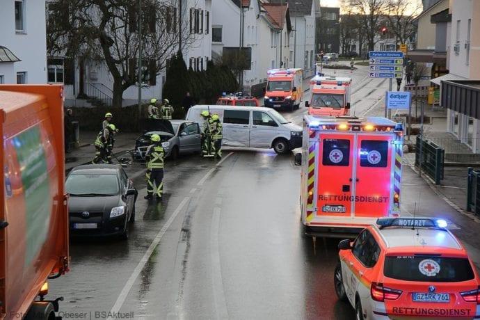 Unfall Guenzburg Sedanstrasse 12122019 21