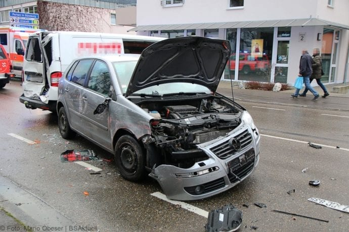 Unfall Guenzburg Sedanstrasse 12122019 4