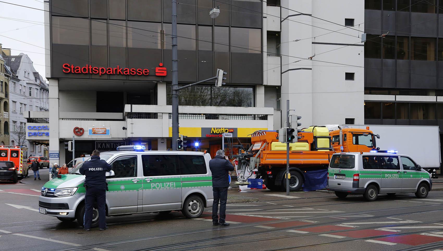 Augsburg Unfall Fussgaengerin