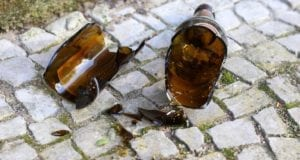 Flasche Scherben