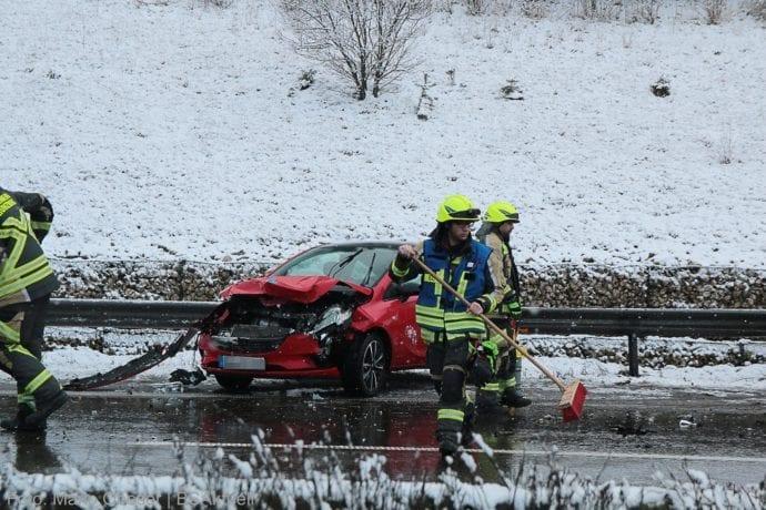 Unfall A8 Guenzburg - Burgau am 19.01.2020