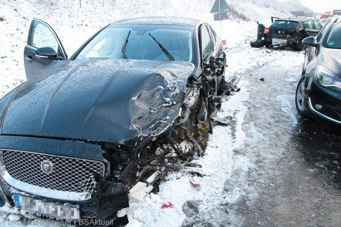 Unfall A8 Burgau – Guenzburg MAssenkarambolage 190120 17