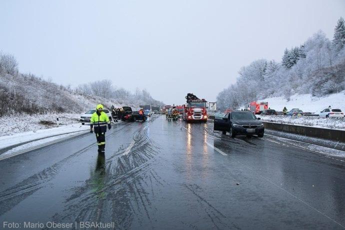 Unfall A8 Burgau – Guenzburg MAssenkarambolage 190120 9