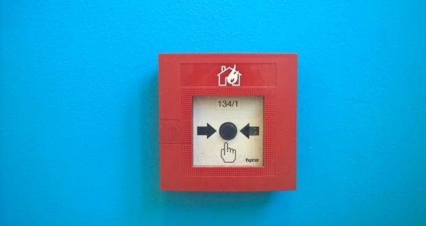 Feuermelder Knopf