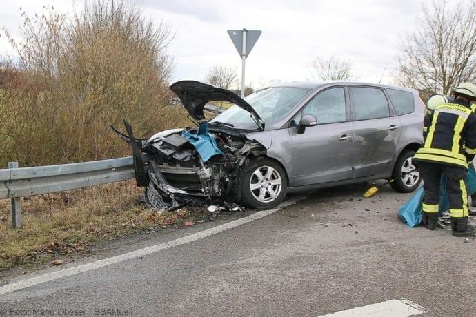 Unfall Gundelfingen-Medlinger Straße B492 14022020 5
