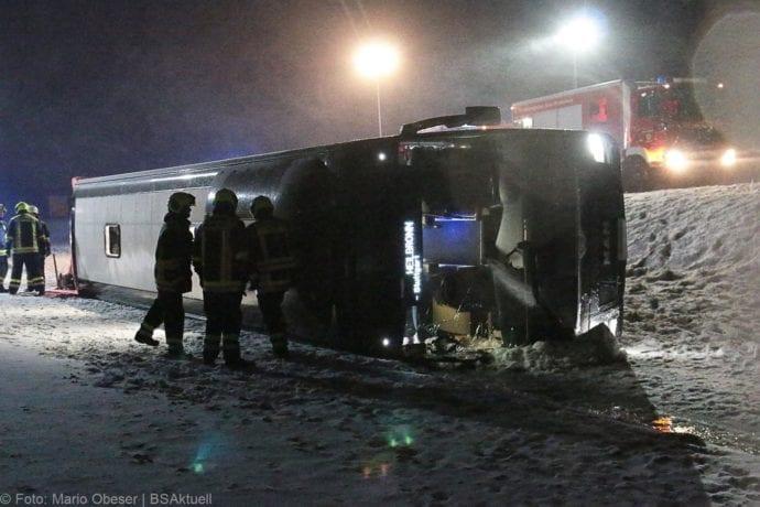 Unfall Reisebus B10 Kreuzung Tomerdingen 27022020 10
